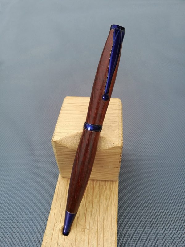 Padouk-metal-bleu-pb