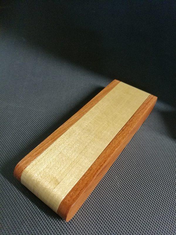 Plumier en bois de frêne-sipo 1 stylo V1 2